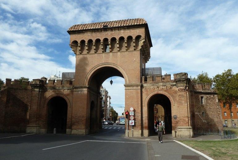 Bologna foto di bologna - Piazza di porta saragozza bologna ...