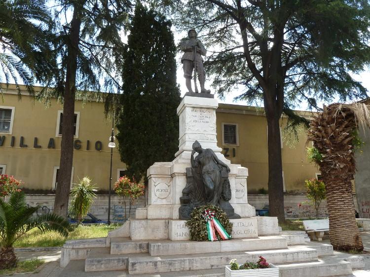 Monumento ai caduti di Maddaloni