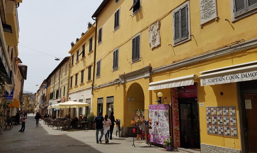 Centro storico di Orbetello Corso Italia