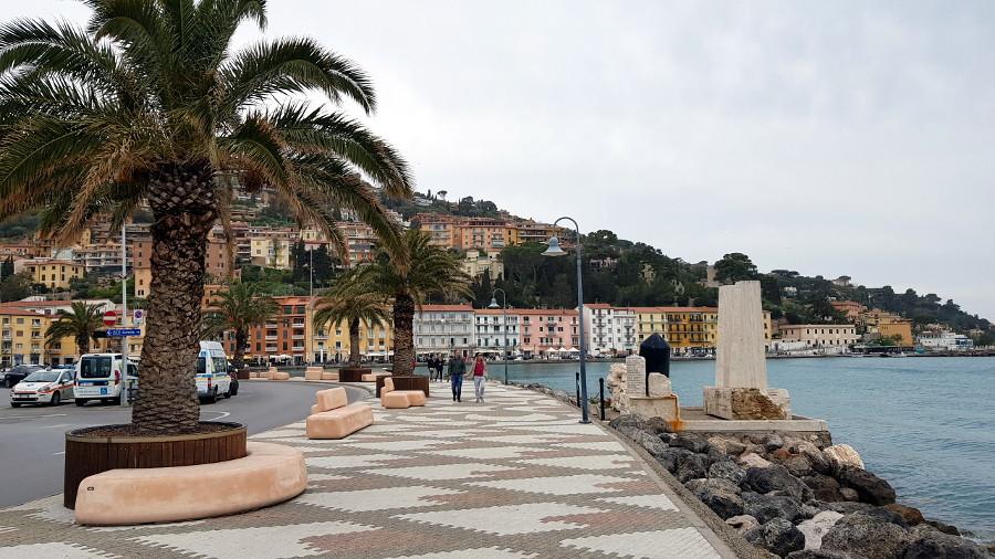 Porto Santo Stefano: Lungomare dei Navigatori
