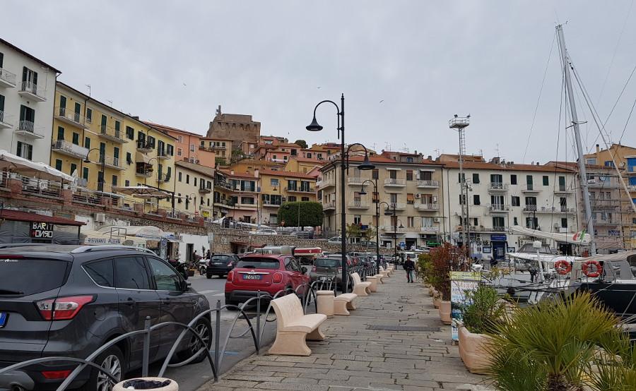 Porto Santo Stefano: Piazzale Candi