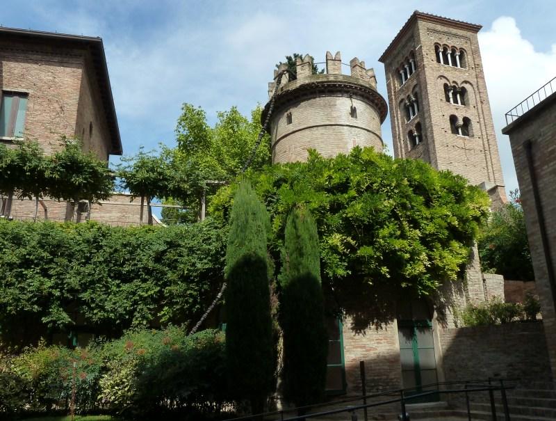 Ravenna foto di ravenna - Giardini pensili immagini ...