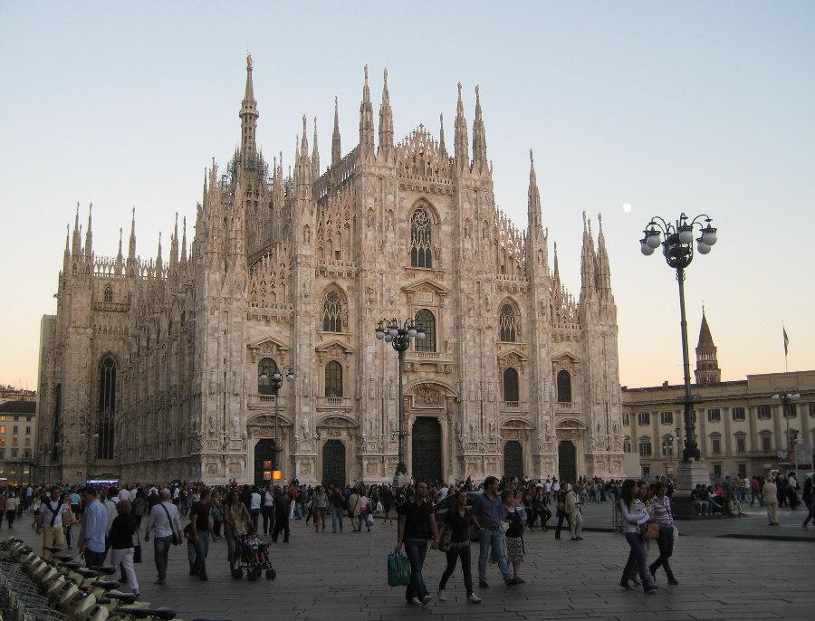 Risultati immagini per cattedrale di milano foto