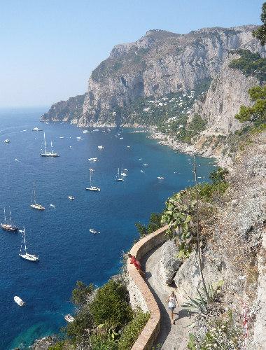 Capri: Via Tragara