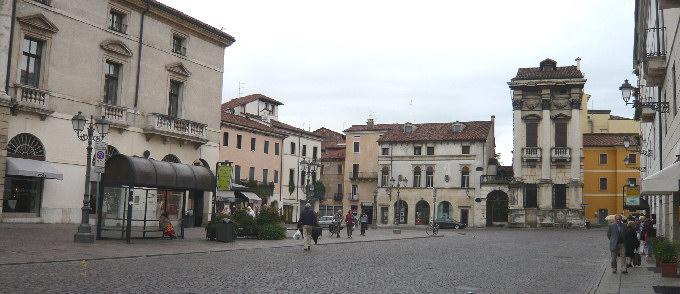 Foto vicenza le fotografie di vicenza for Appartamento centro storico vicenza